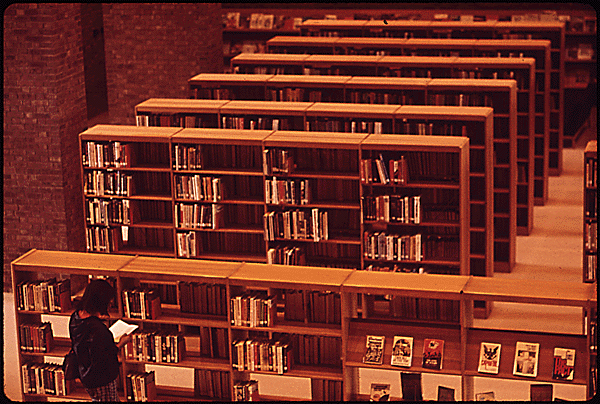 Haun, D. (1973 May). Rogers Memorial Library. The Environmental Protection Agency's Program to Photographically Document Subjects of Environmental Concern, 1972 - 1977. National Archives and Records Administration, 546549.