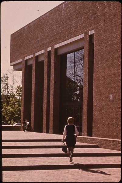 Haun, D. (1973 May). Cleo Rogers Memorial Library. The Environmental Protection Agency's Program to Photographically Document Subjects of Environmental Concern, 1972 - 1977. National Archives and Records Administration, 546493.
